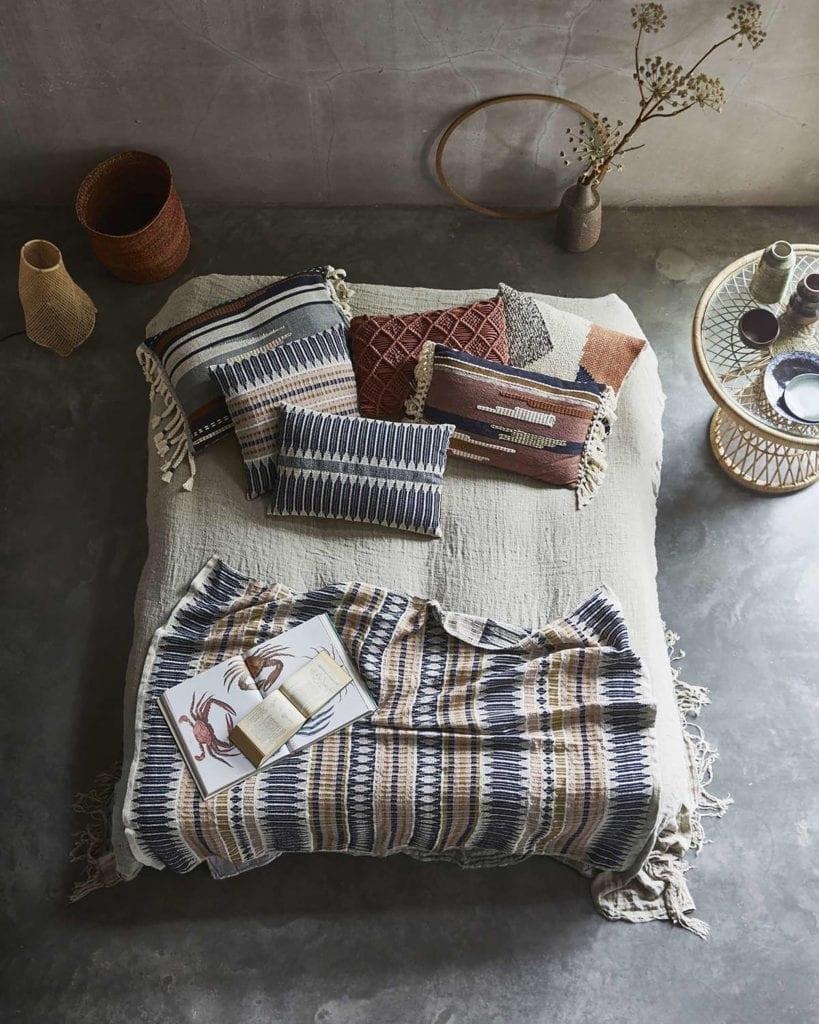 komplet-do-ścielenia-łóżka-etniczne-motywy-jak-dekorować-wnętrza