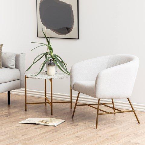 fotele-do-salonu-viały-na-złotych-nóżkach-inspiracje-przytulny-salon