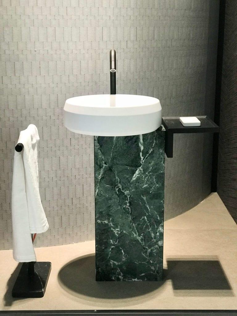Agape-umywalka-wolnostojąca-wnętrza-2020