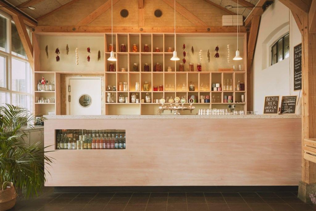 bar-restauracji-inspiracje-drewno-organic
