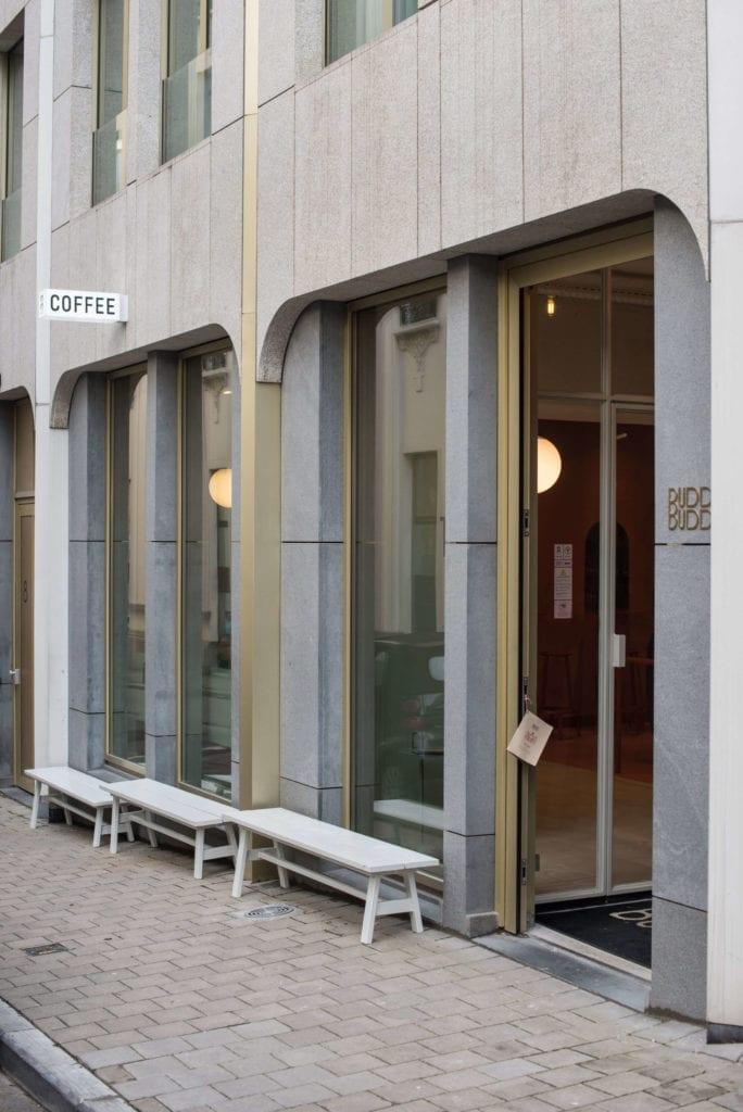 elewacja-budynku-beton