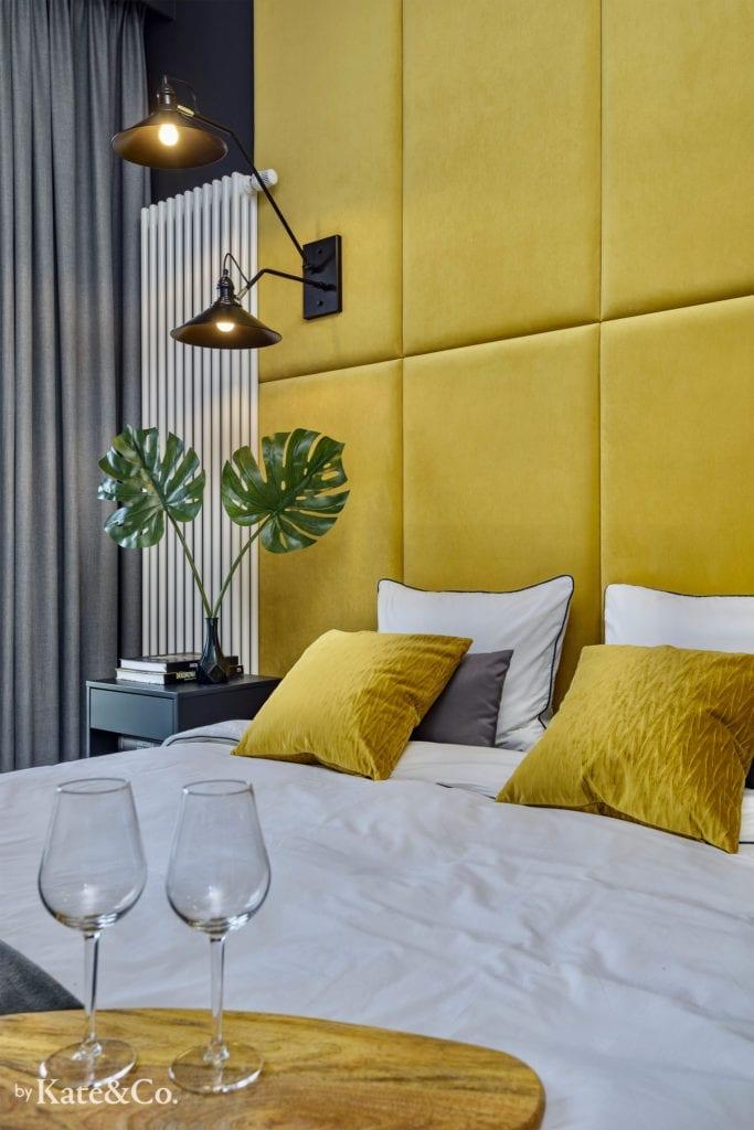 panele tapicerowane w sypialni