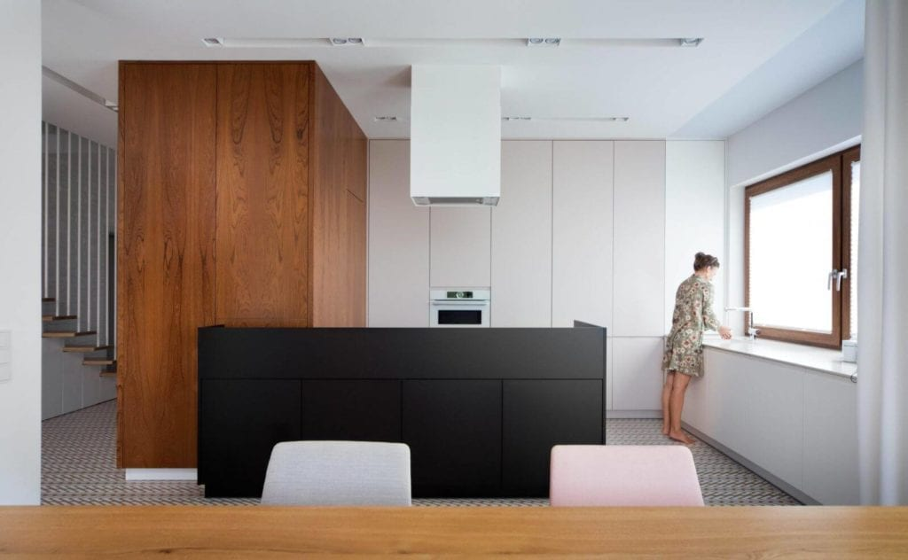 proste-wnętrz-roku-konkurs-dla-architektów-wnętrz-kuchnia-z-wyspą-jasna