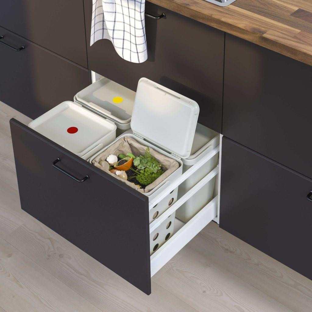 śmietniki-segregatory-odpady-kuchnia-inspiracje-jak-dbać-o-środowsko