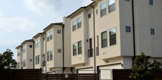 mieszkanie-z-garażem-inspiracje-dom-budynek-elewacja