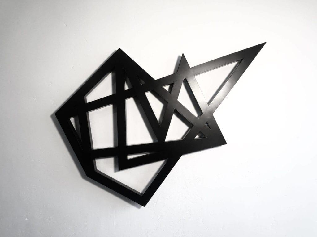 dekoracje-sztuka-inspiracje-Jarosław-Borek-z-cyklu-Geometrony-rzeźba-ze-stali