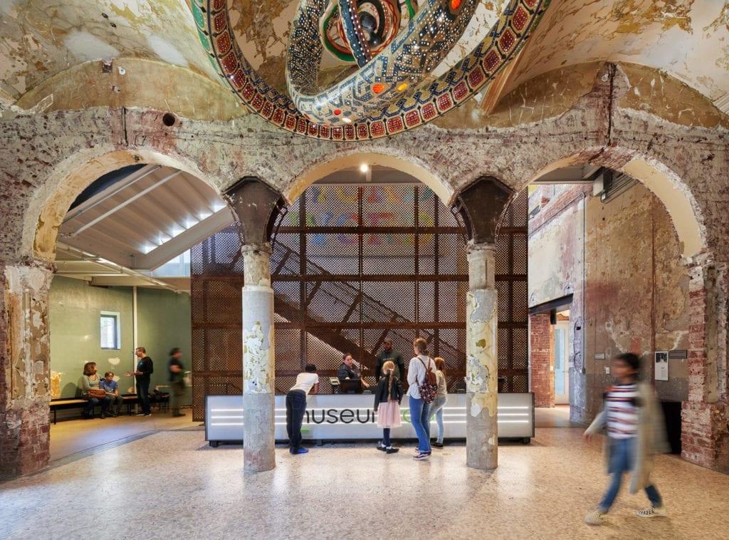 zabytkowy-budynek-muzeum-kultura