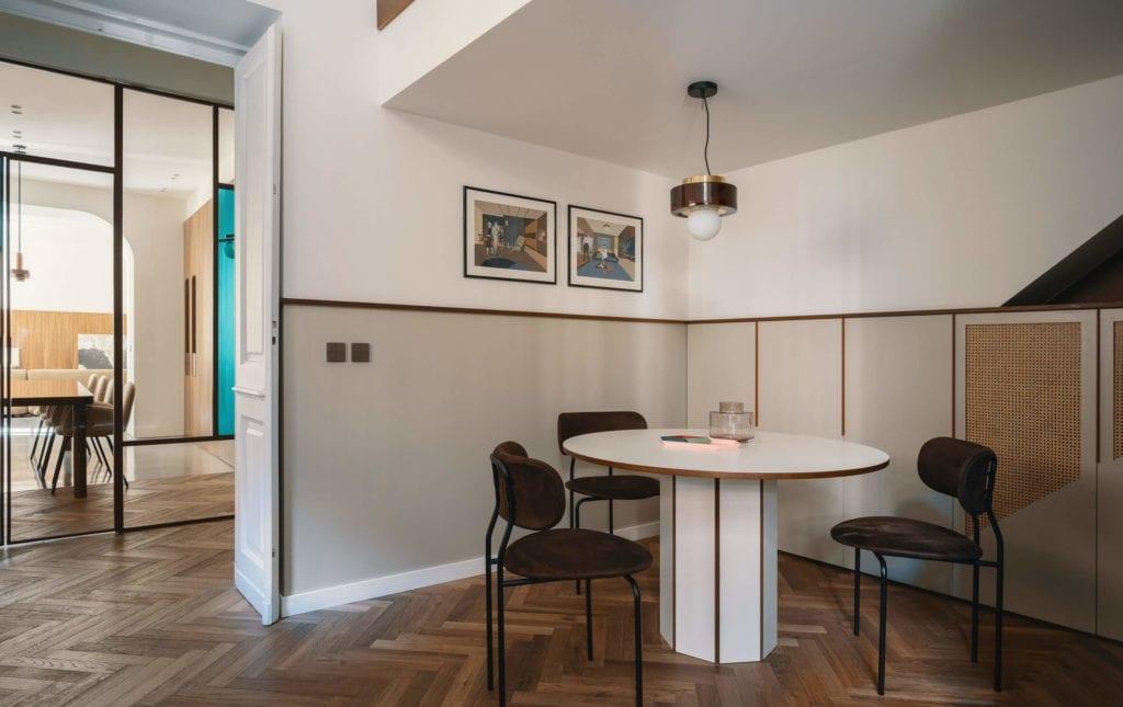stół-niadaniowy-kuchnia-modernizm-klasyka-jodełka-inspiracje