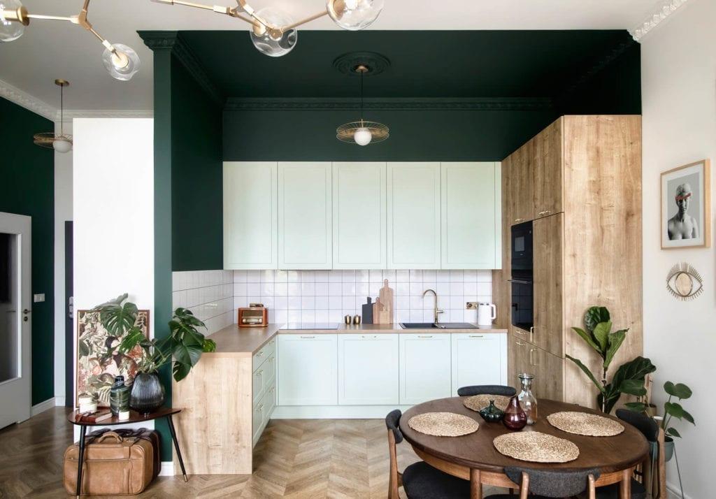 aneks-kuchnenny-mieszkanie-z-duszą-kuchnia-inspiracje-szafki-stół-jadalnia