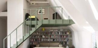 salon-mieszkanie-z-antresolą-minimalistyczne-wnętrze