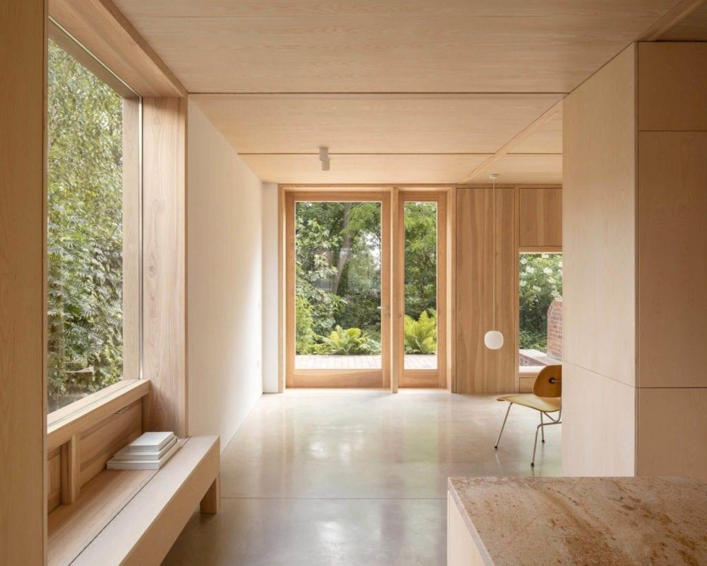 minimalizm-we-wnętrzu-drewno-płyty-inspiracje-beton-kuchnia-przedpokój