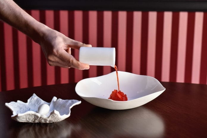 epoka-inspiracje-stół-talerz-miska-danie