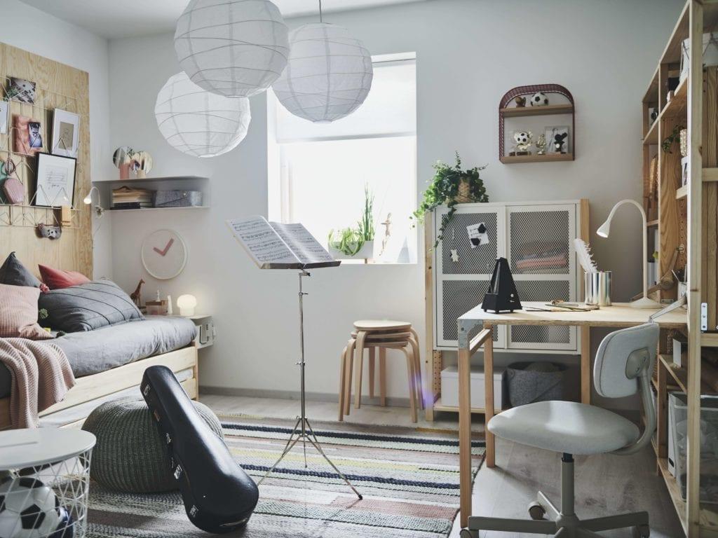nowy-rok-szkolny-pokój-dziecięcy-inspiracje-wnęrtrze-biurko-łóżko