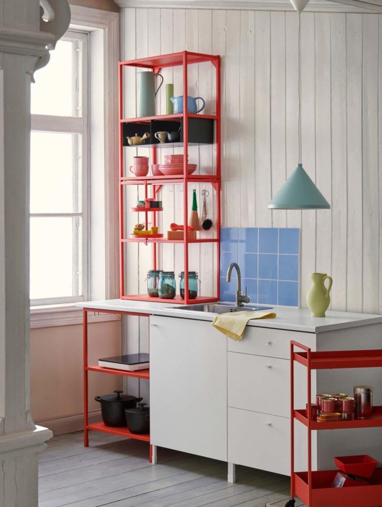 kuchnia-ikea-przechowywanie-szafki-półki-inspiracje-wnętrze