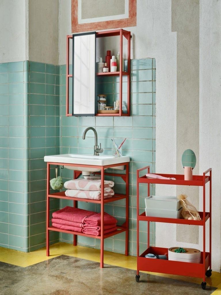 łazienka-ikea-inapiracje-wnętrze-szafki-półki-romantyczne-dodatki