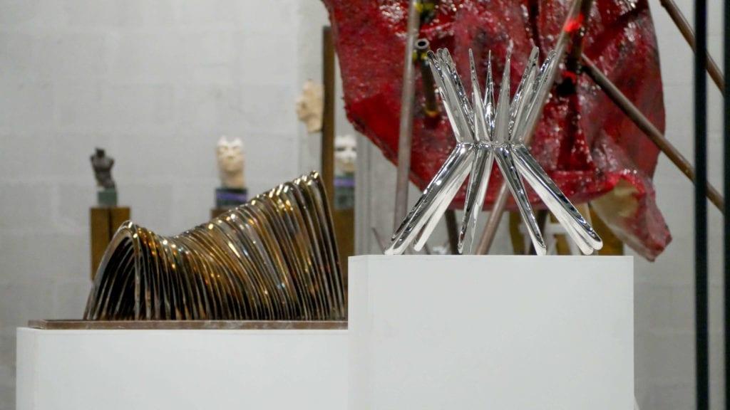 rzeźba-we-wnętrzu-wystawa