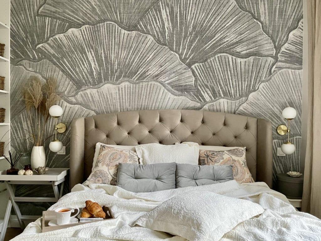 Aranżacja małej sypialni tapeta LondonArt Bilboa miłorząb japoński