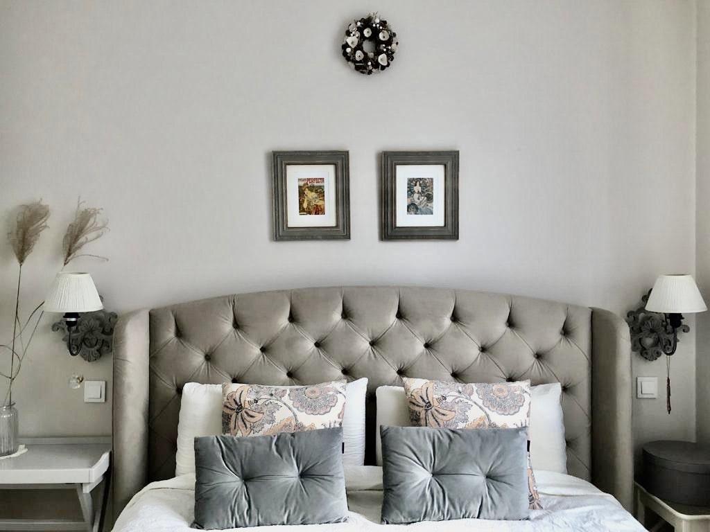 Aranżacja małej sypialni tapeta LondonArt metamorfoza