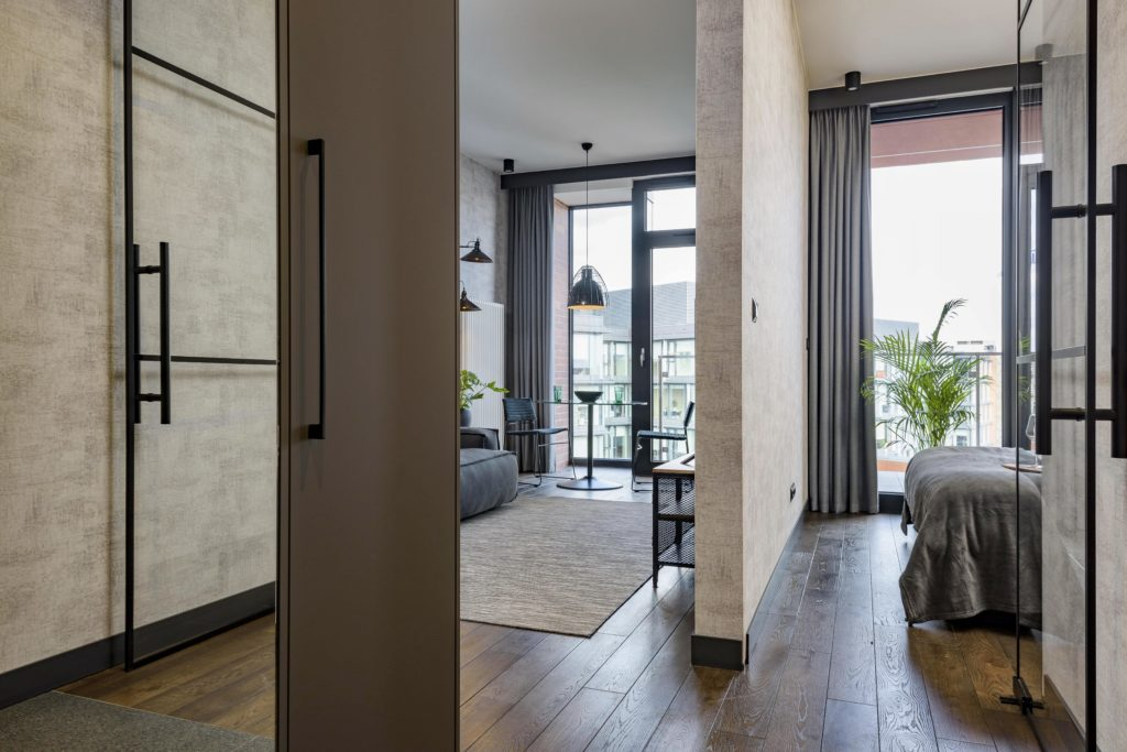 surowy wystrój wnętrza mieszkanie industrialne loft